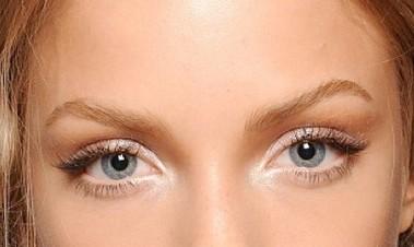 natural-eye-makeup-for-blue-eyes-tutorial-wx2vurgq